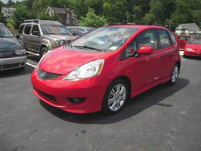 2009 Honda Fit Sport 4dr Hatchback 5A 2009 Honda Fit Sport 4dr Hatchback 5A 1.5L I4 Automatic 5-Speed Red
