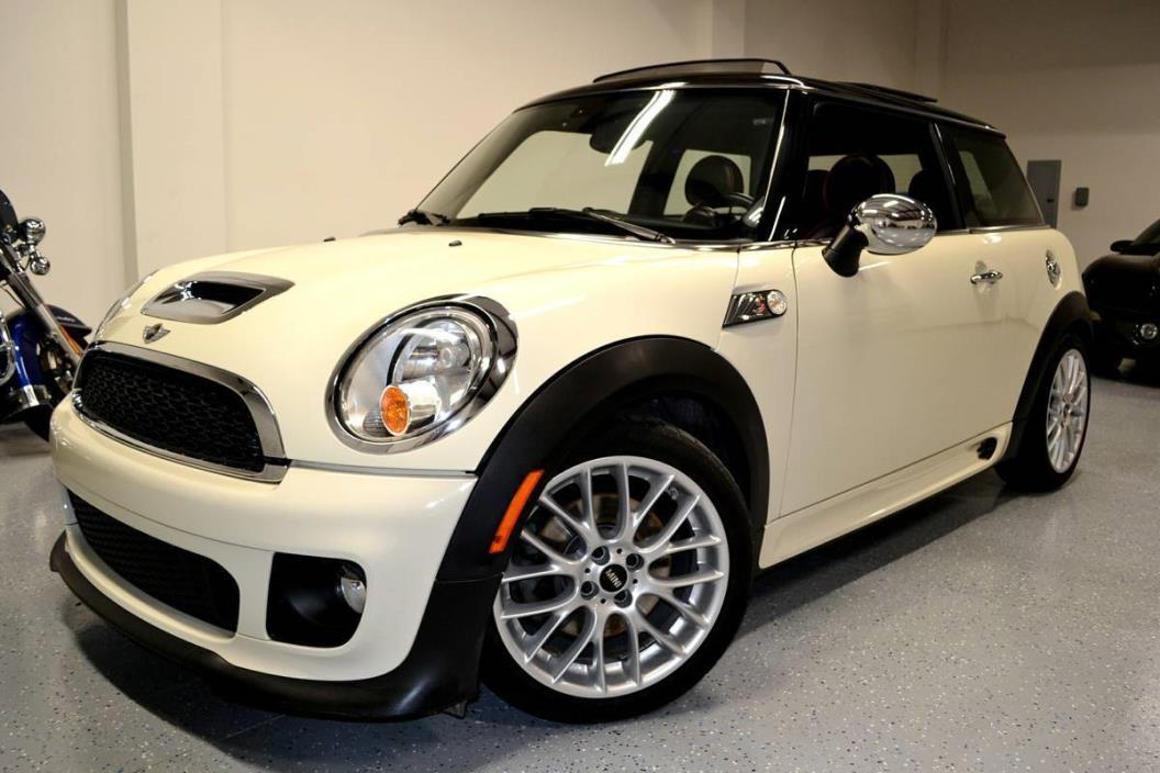 2013 Mini Cooper Coupe S Coupe 2-Door 2013 Mini Cooper Coupe John Cooper Works S Coupe 2-Door 1.6L