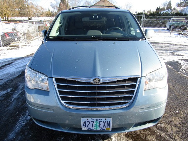 2008 Chrysler Town & Country 4dr Wgn Touring *BLUE* ALL THE TOYS MUST SEE LIKE NEW !!