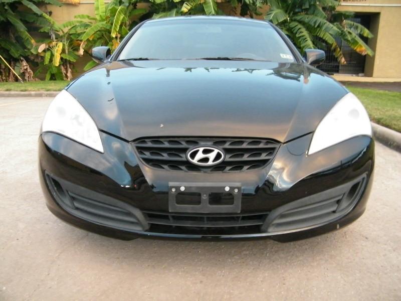 2010 Hyundai Genesis Coupe 2dr 2.0T Manual