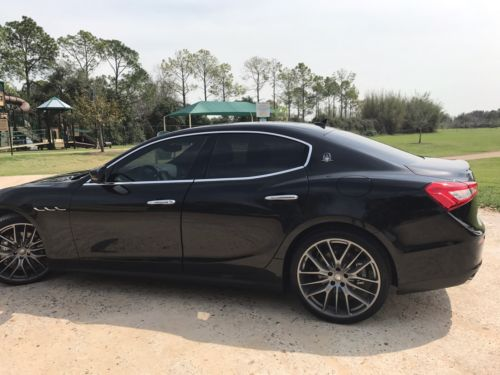 2017 Maserati Ghibli  2017 maserati ghibli black/black/less than 100 miles/LIKE NEW!!!