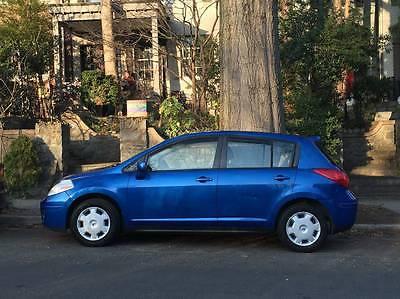 2008 Nissan Versa S Hatchback 4-Door 2008 Nissan Versa S Hatchback 4-Door 1.8L