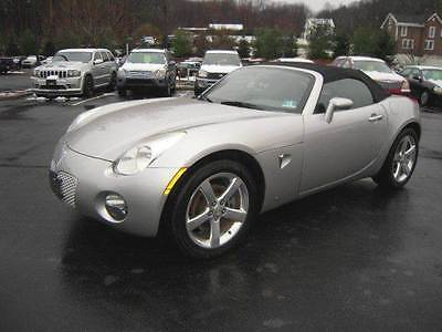 2006 Pontiac Solstice Base 2dr Convertible 2006 Pontiac Solstice Base 2dr Convertible 2.4L I4 Manual 5-Speed Silver
