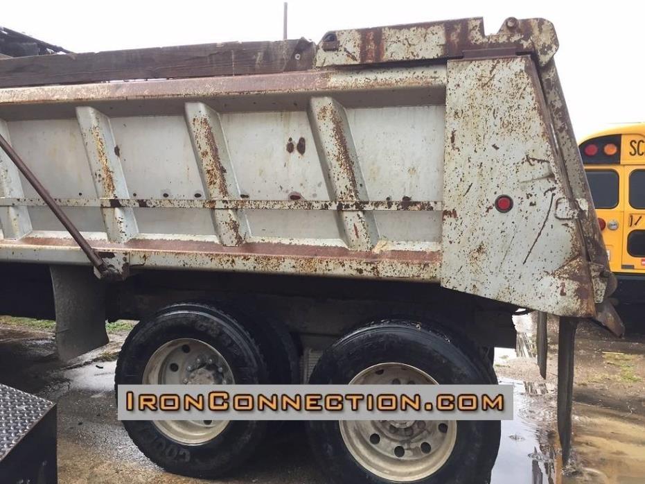 2003 Mack Granite Dump Truck