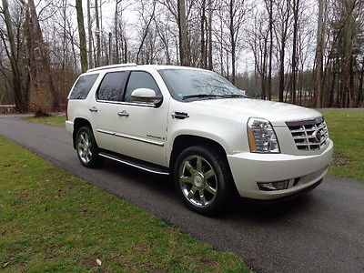 2007 Cadillac Escalade Base Sport Utility 4-Door Cadillac Escalade, fully loaded, Off White, great condition