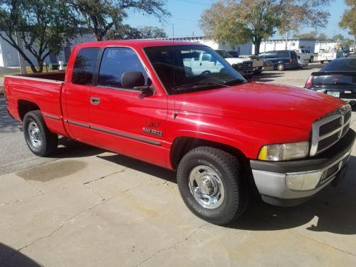 1999 Dodge Ram 2500 SLT 1999 Dodge ram turbo DIESEL Cummings low miles!!