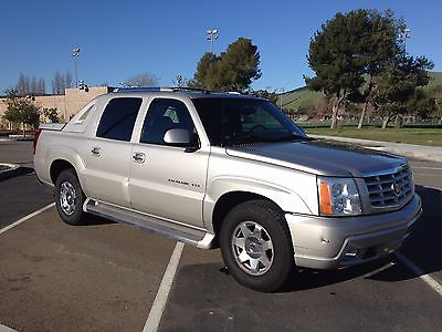 2005 Cadillac Escalade Ext AWD 2005 Cadillac Escalade Ext AWD, LOW Miles, Loaded, Silver/Gray, Bedslide & Cover