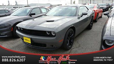 2017 Dodge Challenger SXT Plus 2017 Dodge Challenger SXT Plus 2dr Car Automatic Regular Unleaded V-6 3.6 L/220