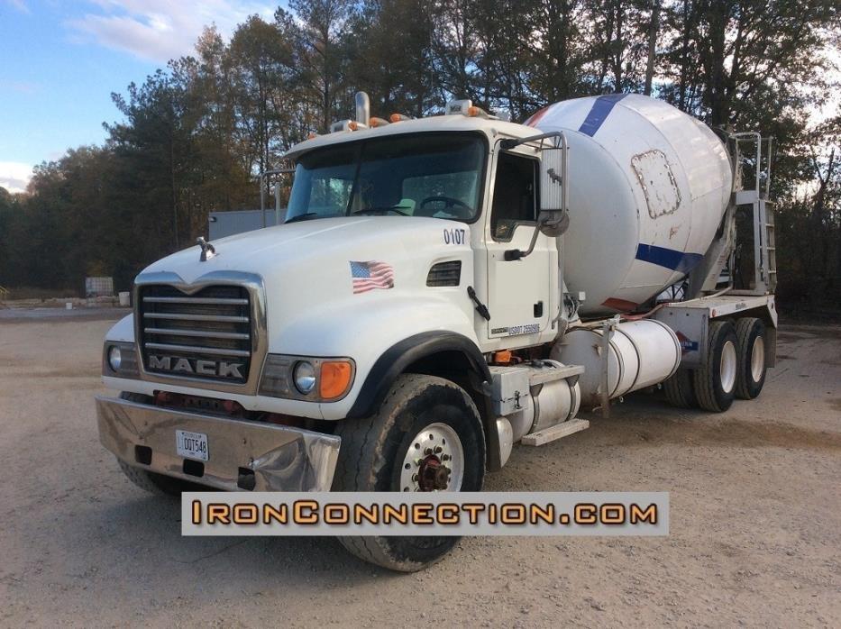 2002 Mack Cv713 Mixer Truck