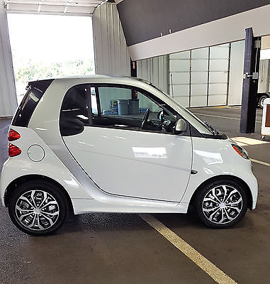 2015 Smart FORTWO PURE 2015 SMART CAR FORTWO PURE WITH ONLY 95 MILES