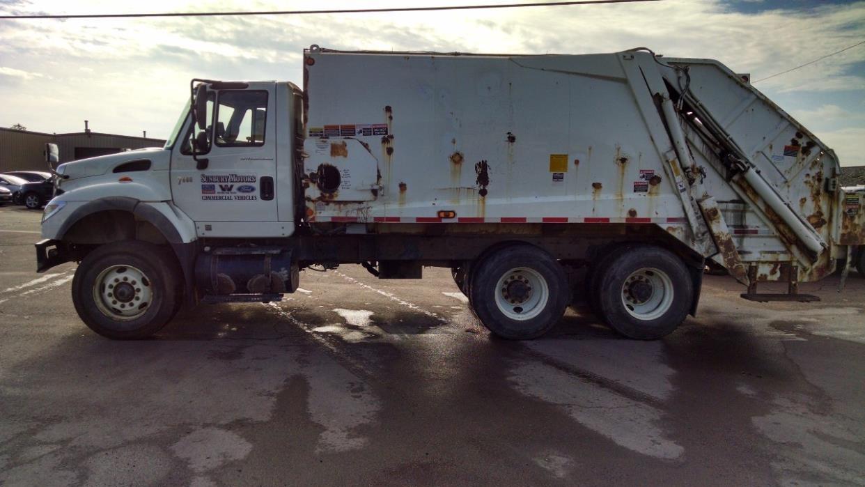 2007 International Workstar 7600  Garbage Truck