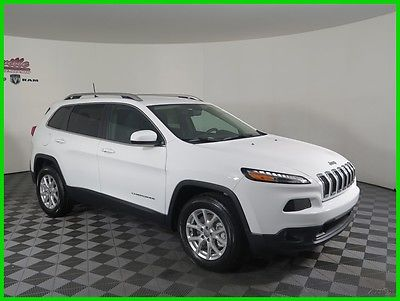 2017 Jeep Cherokee Latitude 4x4 V6 SUV Remote Start Power Liftgate 2017 Jeep Cherokee Latitude 4WD SUV Backup Camera Cloth FINANCING AVAILABLE