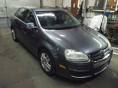 2005 Volkswagen Jetta GL TDI Sedan 4-Door UPER CLEAN DIESEL POWER JETTA 5 SPEED!!!!! ......MOTIVATED SELLER!!!