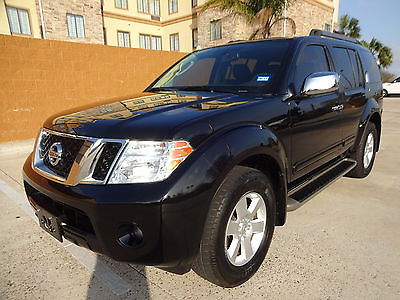 2012 Nissan Pathfinder SV 2012 Nissan Pathfinder SV 4Dr Low Miles Leather Interior Super Nice & Well Kept