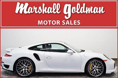 2015 Porsche 911 2015 Porsche turbo S Carrera White/Black PDK, navi ceramics only 3300 miles