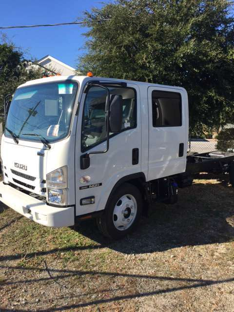 2017 Isuzu Nqr Conventional - Day Cab