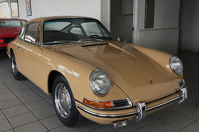 1966 Porsche 911 Sunroof coupe 1966 Porsche 911 Sunroof coupe with matching numbers engine and transmission.
