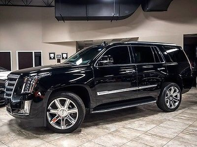 2015 Cadillac Escalade Luxury Sport Utility 4-Door 2015 Cadillac Escalade Luxury 4WD SUV 22 Chrome Wheels Rear Entertainment