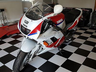 1991 Yamaha FZR  1991 Yamaha FZR Genesis Exup