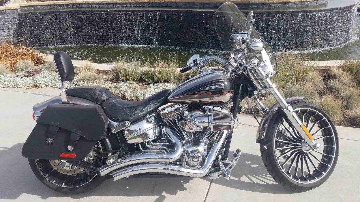 2014 Harley-Davidson Other  2014 Harley-Davidson CVO Breakout Six-Speed Cruiser  MOLTEN SILVER  266mi