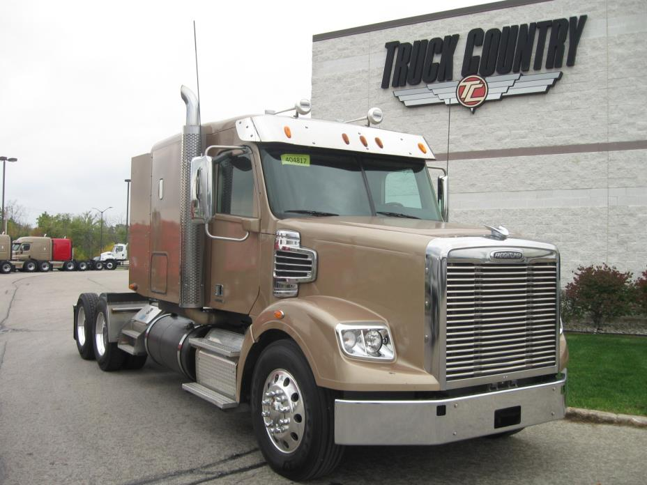 2013 Freightliner 122 Sd  Conventional - Sleeper Truck