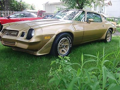 Chevrolet: Camaro Z28 1981 Z28 mint all original loaded AC Cruise control 350 4 BBRL