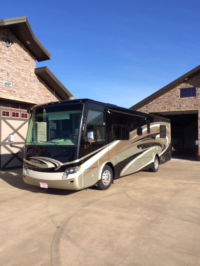 2014 Tiffin Motorhomes ALLEGRO BREEZE 32BR