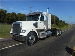2012 Freightliner 122 Sd Conventional - Sleeper Truck
