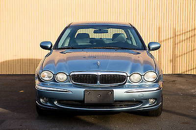 2004 Jaguar X-Type Manual 5-Spd Sedan 4-Door 2.5L V6 DOHC AWD RARE STICK SHIFT JAGUAR. PASSED SAFETY INSPECTION. 5-SPEED AWD.