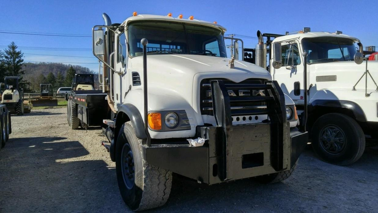 2006 Mack Granite Cv713 Winch Truck