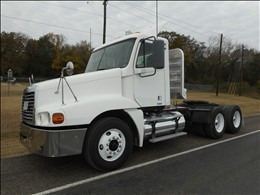 2007 Freightliner Century Class Conventional - Day Cab