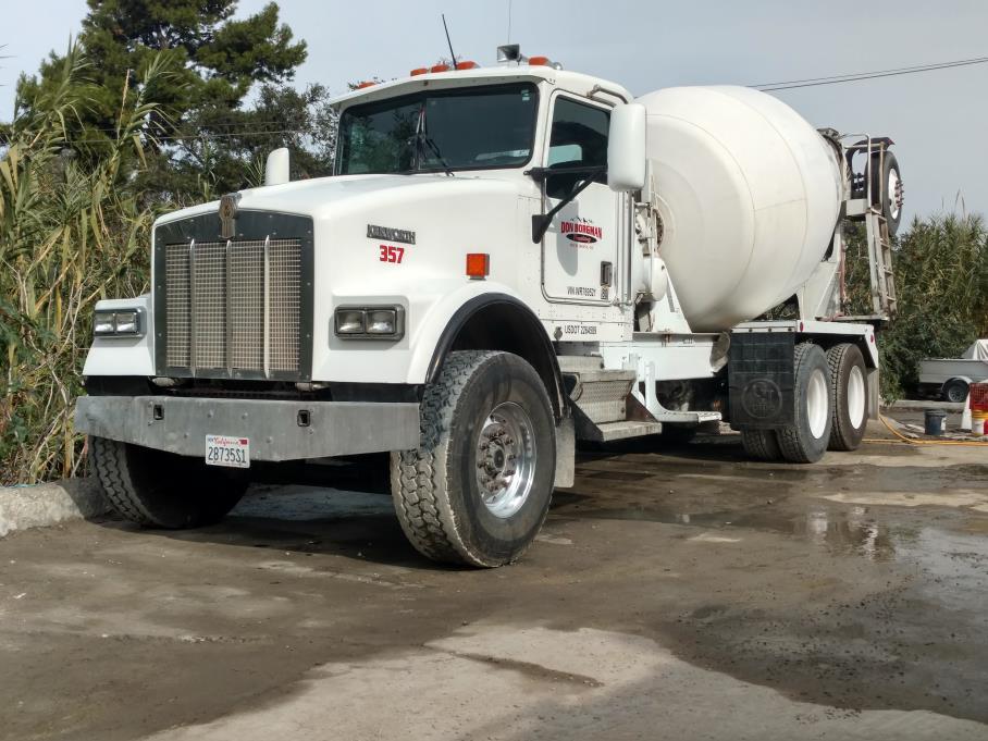 1998 Kenworth W900  Mixer Truck