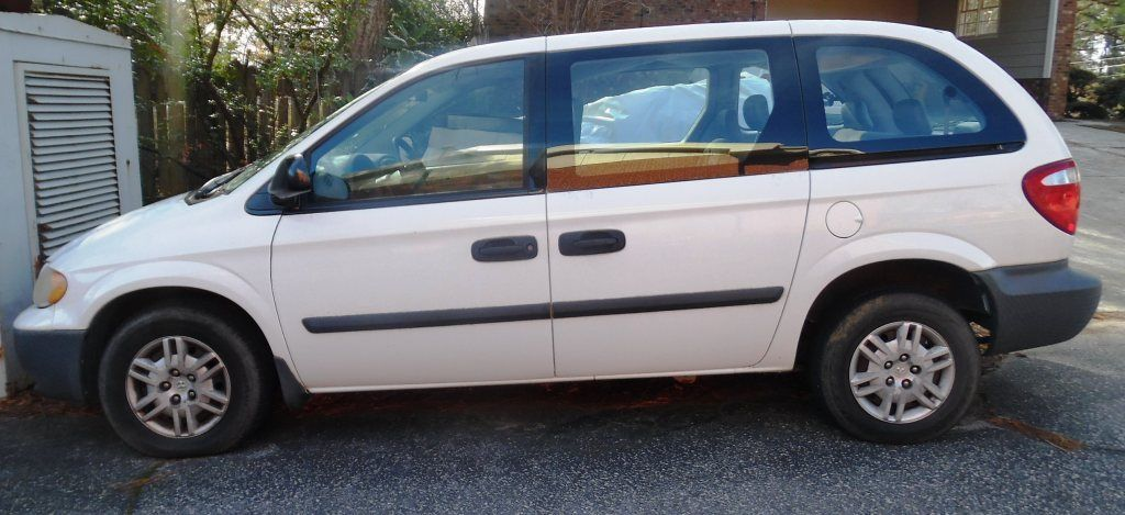2005 Dodge Caravan 2005 Dodge Caravan V6, 7 PASSENGER, 139,500 + Miles