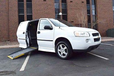 2008 Chevrolet Uplander LS 2008 Chevrolet Uplander Braun Entervan Manual Ramp Handicap Van Super Clean Nice