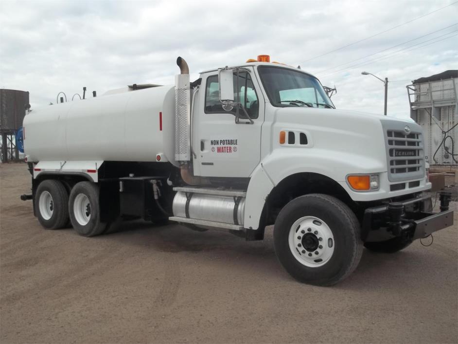 2003 Sterling Lt7501  Water Truck