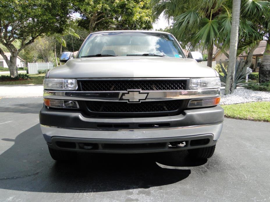 2002 Chevrolet Silverado 2500 HD 8.1 litre Florida Truck 2002 Chevrolet 2500 HD 8.1L Florida Truck