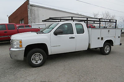 2009 Chevrolet Silverado 2500 4X2 EXCAB 8FT UTILITY BED 6.0 AUTO 3:73 LTD SLP RIDE AND DRIVE!!!$$$$$READY TO GO TO WORK!!RUNS STRONG!NICE INTERIOR LOOKS GREAT