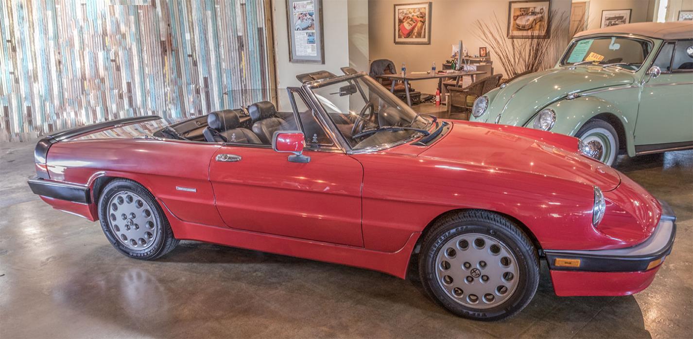1986 Alfa Romeo Spider 1986 Alfa Romeo Spider, 2 Owner, No Rust, Straight Body, Needs Some TLC