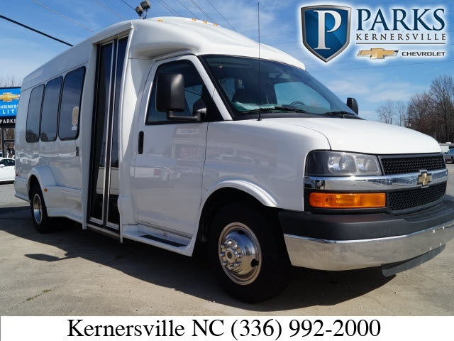 2014 Chevrolet Express Van G3500  Cutaway-Cube Van