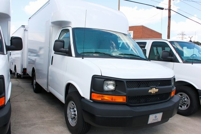 2015 Chevrolet Express Cutaway  Box Truck - Straight Truck
