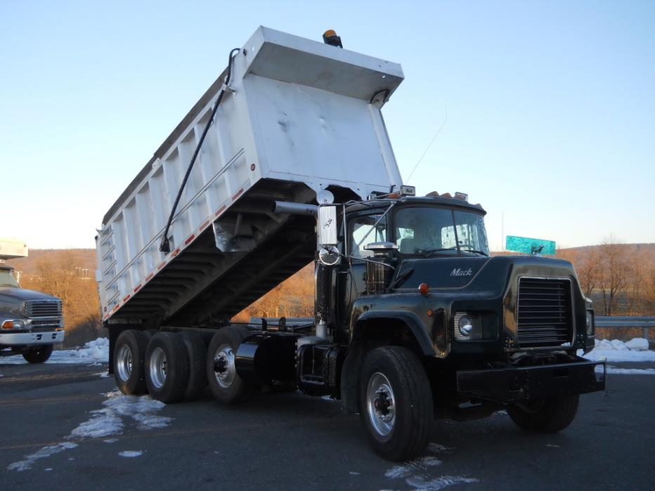 1994 Mack Dm690s Dump Truck