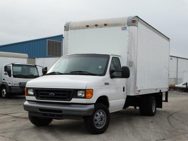 2006 Ford Econoline Commercial Cutaway Cutaway-Cube Van