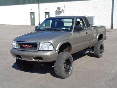 2003 GMC Sonoma LIFTED OFF ROAD SLS 2003 GMC Sonoma LIFTED OFF ROAD 4.3 LITER V6 4X4 LOW MILES