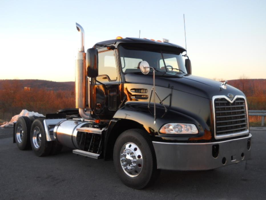 2007 Mack Cxn613 Conventional - Day Cab