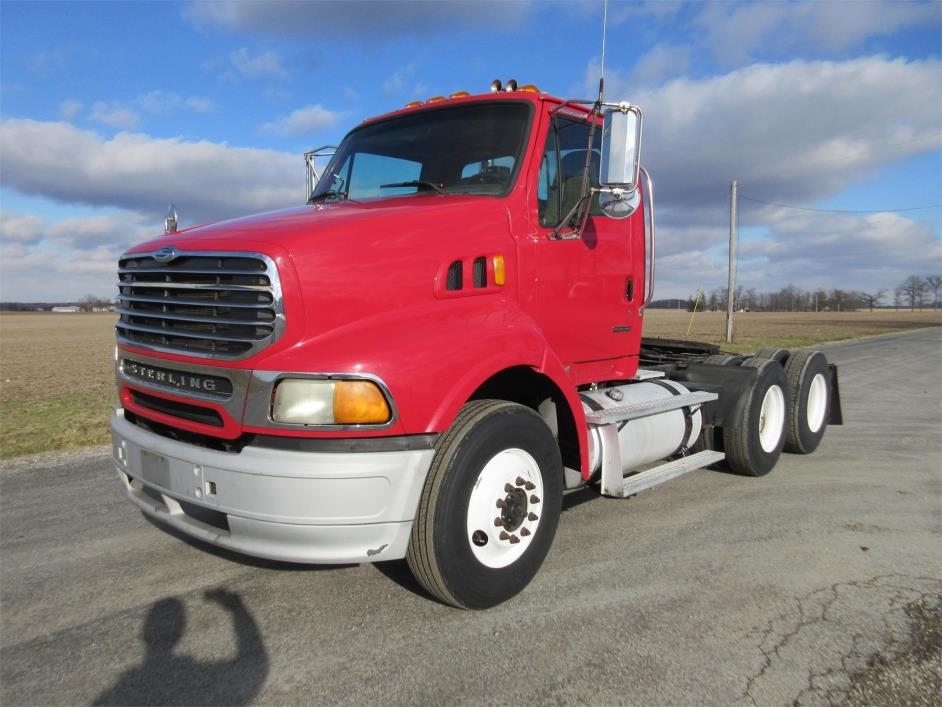 2007 Sterling At9513 Conventional - Day Cab