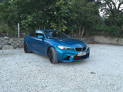 2017 BMW 2-Series M2 Coupe 6 Speed Manual + Executive Package + ACP BMW M2 Coupe 6-Speed Long Beach Blue Metallic +Executive Package +Apple Car Play