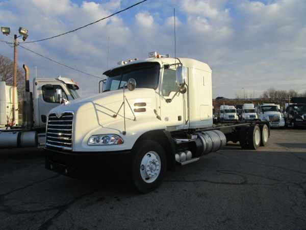 2012 Mack Cxu600  Box Truck - Straight Truck