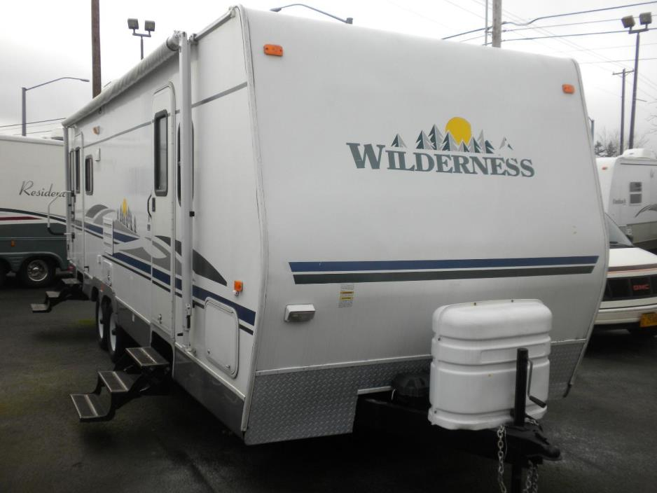 2006 Wilderness 26FT SUPERSLIDE TRAILER 6310 LBS. DRY