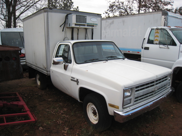 1986 Chevrolet C30 Refrigerated Truck