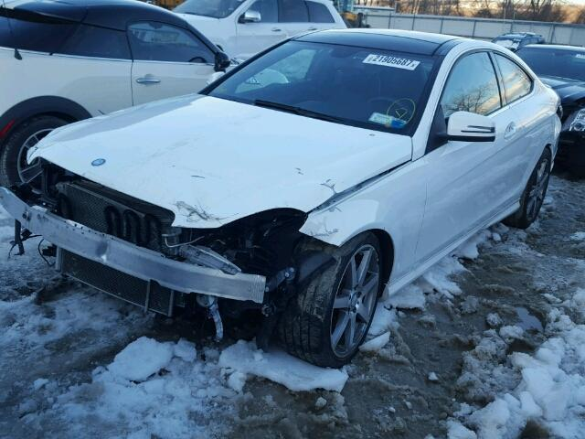 2013 Mercedes-Benz C-Class C350 4MATIC 2013 MERCEDES-BENZ C350 4MATIC + AWD + FULLY LOADED + SALVAGE + RUNS & DRIVES